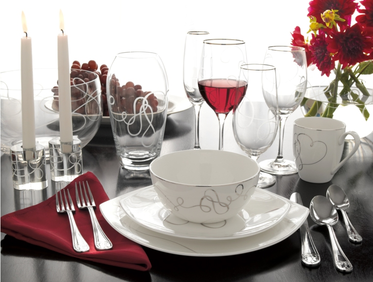 Bed, Bath and Beyond Love Story Place Setting