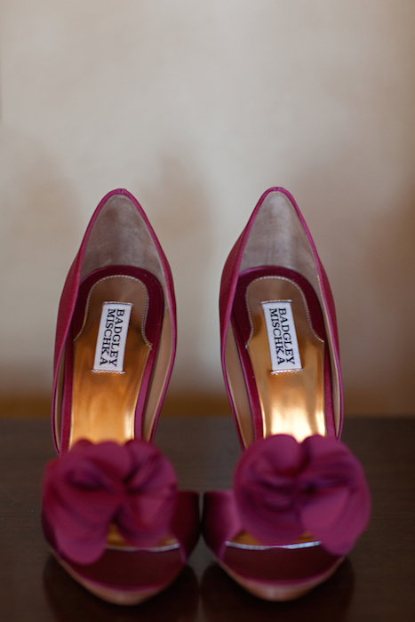 http-www.elizabethannedesigns.comblog20110902lemon-pomegranate-outdoor-weddingburgundy-wedding-shoes